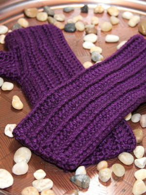 """Ribs"" Partial Thumb Mitts - 9 inches"